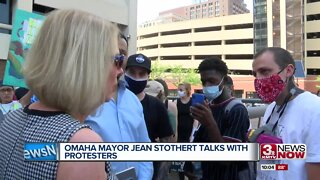 Omaha Mayor Jean Stothert talks with protesters