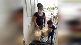 Centro Esperanza ayuda familias durante la pandemia del COVID-19