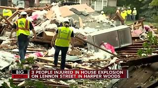 3 people injured in house explosion in Harper Woods
