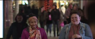 Downtown Summerlin packed with Black Friday shoppers