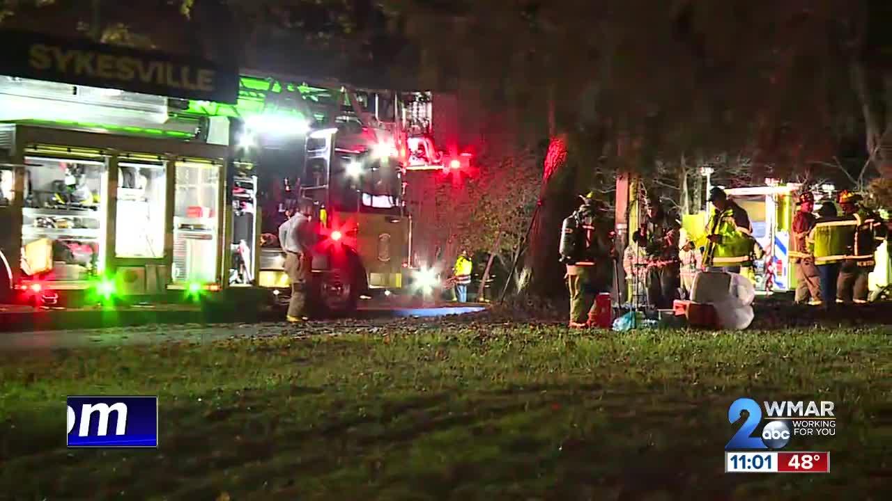 1 dead, 1 missing in Sykesville house fire