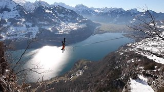 Slackliner Reveals Audacious New Spinning Stunt Never Before Caught On Camera – While 3,000ft Above Swiss Alps