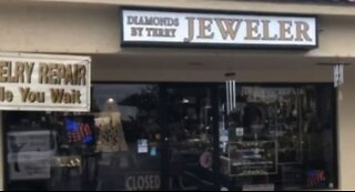 MCSO: Jewelry store robbery in Stuart leads to chase, multiple crashes