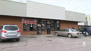 Madisonville residents protest impending closure of Family Dollar
