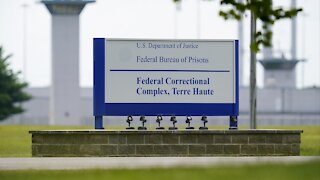 Judge Delays Execution For Only Woman on Federal Death Row