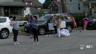 #WeSeeYouKSHB: Gladstone Elementary students, teachers celebrate school year