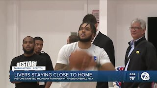 Isaiah Livers staying close to home with Pistons
