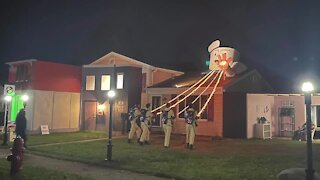'Who ya gonna call?' Livonia family pays homage to 1984 Ghostbusters with Halloween decor