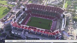 Fans get to experience Raymond James stadium despite the pandemic