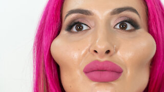 I Have The World's Biggest Cheeks | HOOKED ON THE LOOK