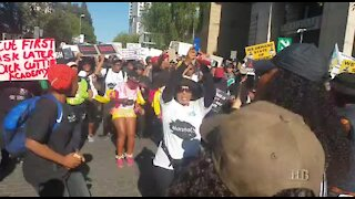 Women shut down Sandton to protest against rising Gender Based Violence (nY7)