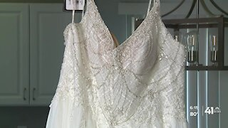 Kansas City-area bride gives wedding dress to another in need