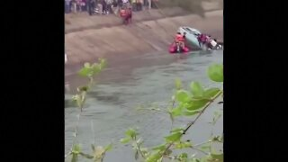At least 40 people killed when overcrowded bus plunges into canal in India