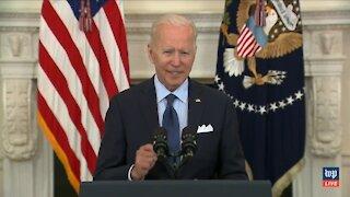 Biden Suffers Brain Freeze AGAIN