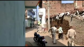 Funny Lockdown videos || Funny police videos feat. India || Lockdown compilation in India