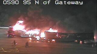 Semi fire closes on lanes of I-95 southbound in Boynton Beach