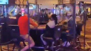 Covid-19: Casino respeita o distanciamento social