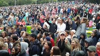 SOUTH AFRICA - Cape Town - Matthew Mole performs at Kirstenbosch Summer Sunset Concerts (Video) (MRU)