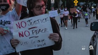 Photographer captures moments during protests in Palm Beach County