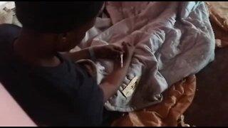 SOUTH AFRICA - Johannesburg - Homeless shelter (videos) (nvK)