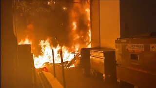 Portland Antifa Set Fire To Apple Store