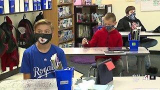Kansas COVID-19 coordinator pushes schools to implement mask mandates