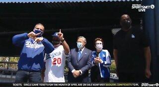 LA Mayor Eric Garcetti BOOED at Dodgers Game