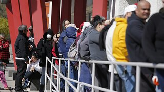 Unemployment Claims Rise Amid Outbreak