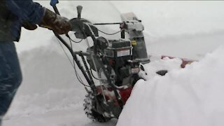 South Milwaukee woman makes COVID-19 vaccination appointment after neighbors help her dig out from storm
