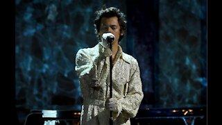Harry Styles postpones his entire 2020 world tour