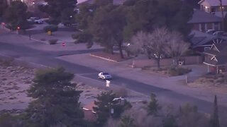 Raw video of Las Vegas police pursuit