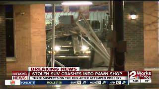 Thieves attempt smash and grab robbery at Brookside pawn shop