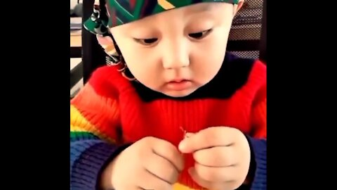 Cute baby learning task comedy new viral