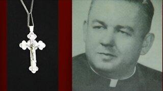 Pastor hope thieves return priceless cross