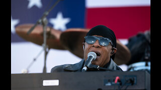 Stevie Wonder calls for Donald Trump to be removed from office