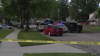 Heavy police presence in residential neighborhood in Parma, situation ongoing
