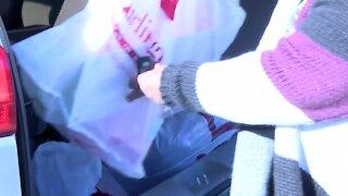 Secret Santa surprises Burlington shoppers in Boynton Beach