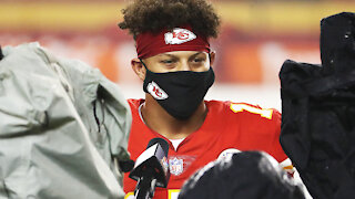 Fans BOO Patrick Mahomes, Deshaun Watson In Moment Of Silence Acknowledging Inequality