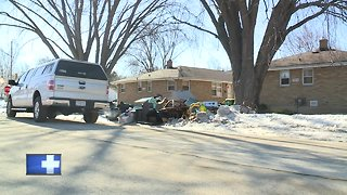 Green Bay residents cleaning up after flooding