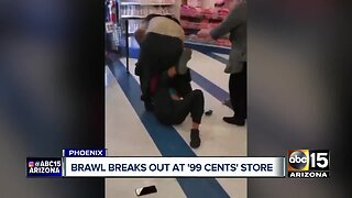 Brawl breaks out at 99 cents store in Phoenix