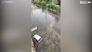 La grêle a causé des inondations chaotiques au Mexique