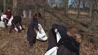 Children in Cleveland Heights neighborhood come together to help clean up litter