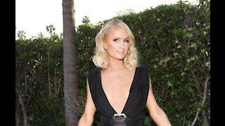 Paris Hilton wants to have twins