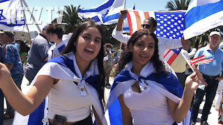 Pro-Israel BLOCK PARTY In The Streets Of West Los Angeles