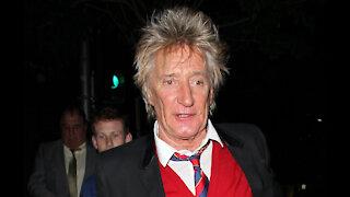 Sir Rod Stewart says Sir Elton John snubbed his effort to heal rift