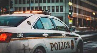 Violent collision entre deux voitures de police