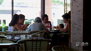 Restaurants push for workers, customers