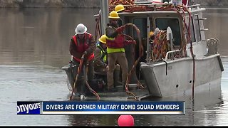 Divers search Snake River