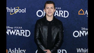 Tom Holland wants to play James Bond