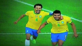 Brasil derrotó 2-1 a Colombia y Ecuador igualó 2-2 con Perú por la Copa América